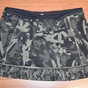 Lululemon Camo Skort/ Skirt. Size 8
